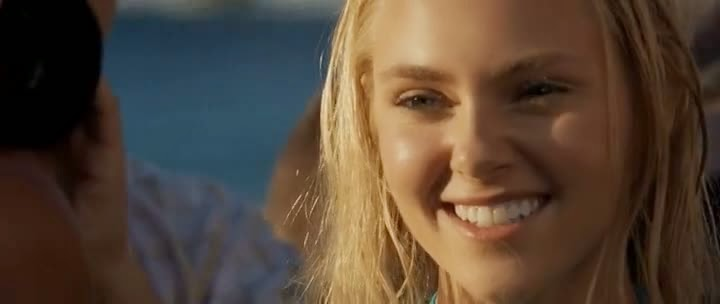 Screen Shot Of Hollywood Movie Soul Surfer (2011) In Hindi English Full Movie Free Download And Watch Online at Alldownloads4u.Com