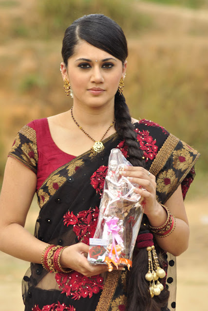 Actress Hot Pics Tapsi Telugu Sexy Wallpapers Tapsee Pannu Photos Very Images Heroin Pictures