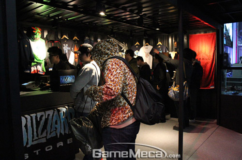 Gstar 2011: Toàn cảnh gian hàng Blizzard Entertainment 5