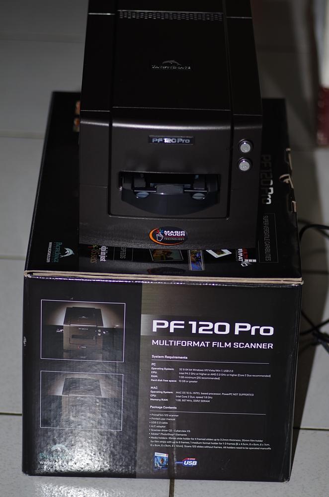 【開箱】底片掃描器 PacificImage PF120 Pro