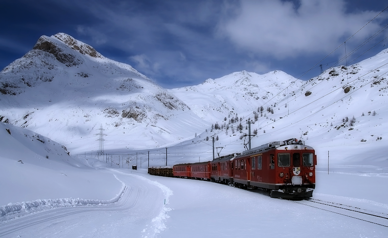 railway lagalb snow wallpaper, winter mountain train