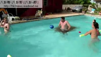 泳池失禁男