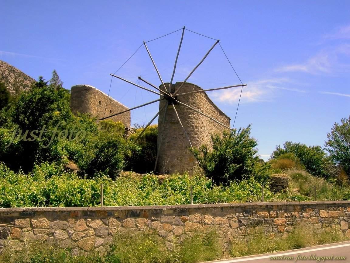 Крит ветряная мельница на плато Лассити фото