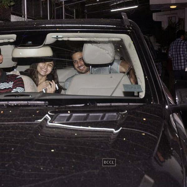 Alia Bhatt and Siddharth Malhotra snapped at Super Sunny Sound, in Mumbai, on July 30, 2014. (Pic: Viral Bhayani)