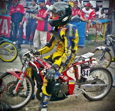 Motor Drag Race- Balap Drag Liar: Gambar Motor Drag GMC