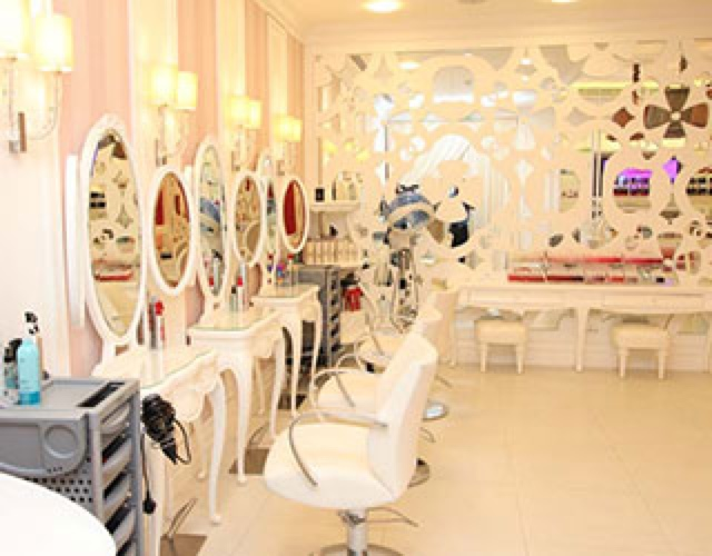 Hello kitty beauty spa in dubai tairaxo for 7 shades salon dubai