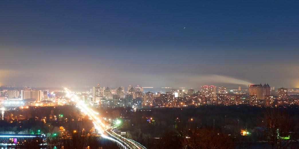 Ночной Левый берег, Киев