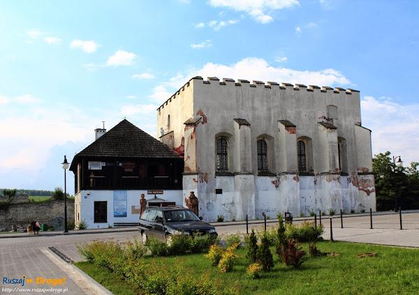 Szydłów - synagoga o charakterze obronnym