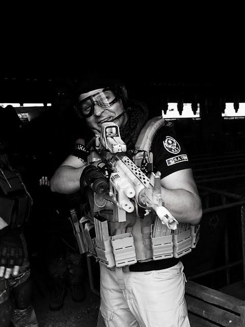 03/07/11 Fotos Los Perros de la Guerra C360_2011-07-03%25252010-49-46