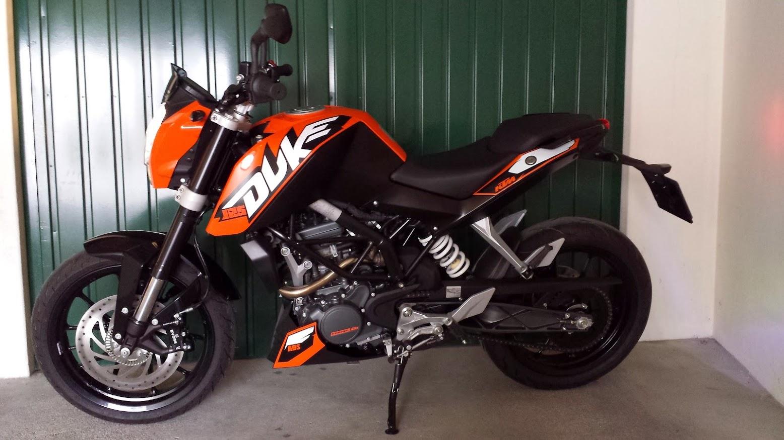 KTM Duke 125 ABS - Leiria 20140322_132326
