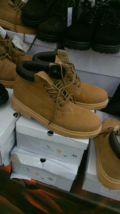 Пример фото обуви на Asus Padfone