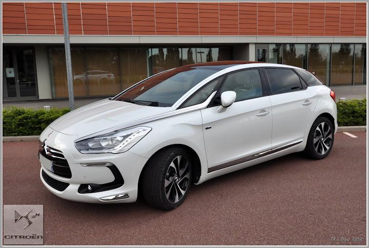 ds5 sport chic hybrid 4 blanc nacr vendue ma voiture ds5 ds forum le monde automobile. Black Bedroom Furniture Sets. Home Design Ideas