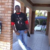 Jonathan Tshiswaka's avatar