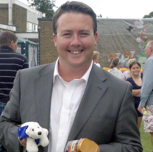 Chris Irvine