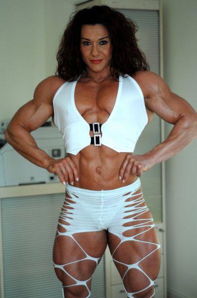 Alina Popa - World No. 1 Female Body Builder | picstop
