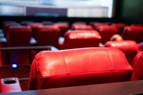 Located on the lower level of the La Jolla Village Square plaza, AMC presents the latest movies on 12 screens. Tickets can be purchased online, by phone or at the box office. The concession stand offers soda, popcorn, candy, ICEEs and other snacks for movie-goers. The 8/10().