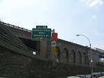 A sign setting up the fact that you're about to see Brooklyn Bridge pics!