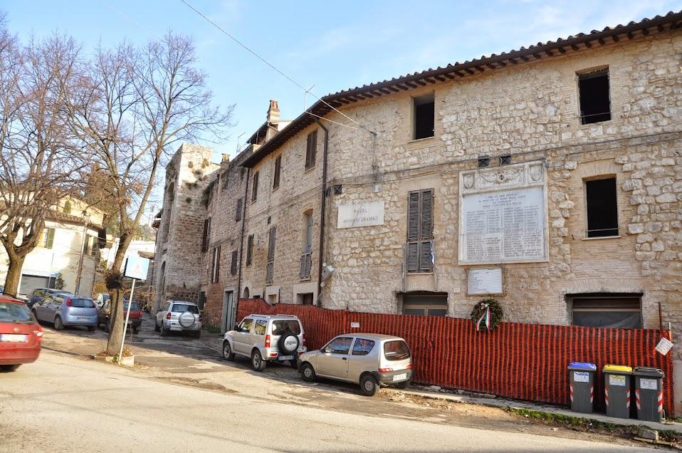 Sant'Eraclio: il Castello