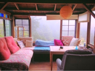 Glamping Big Sur - Rainbow House