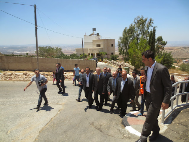 صور افتتاح منتزه الفردوس (النادي الرياضي) بحضور رئيس الوزراء د.رامي الحمدلله IMG_2955