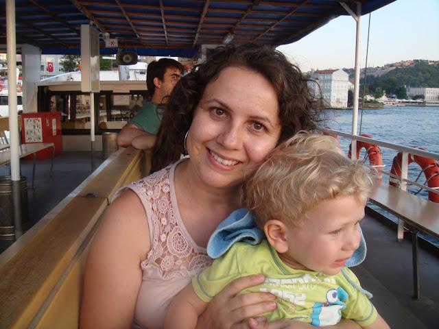 Günbatımında teknede