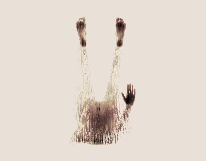 *女性裸體字母剪影:希臘藝術家Anastasia Mastrakouli 解剖人體視覺奧秘! 22
