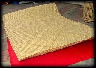 Samak Dari Anyaman Bambu