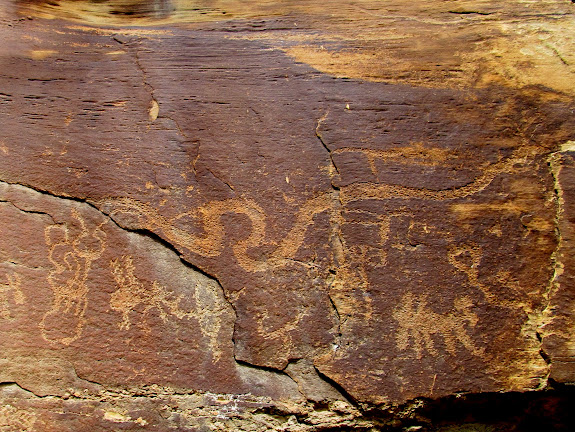 Snake and other petroglyphs