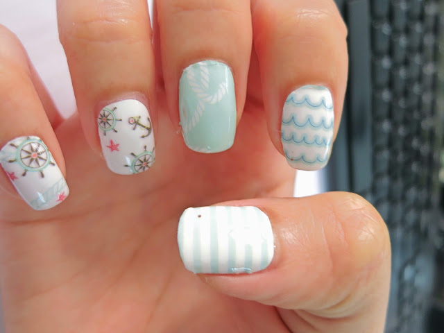 Mint Green Nautical Nail Wrap A1037