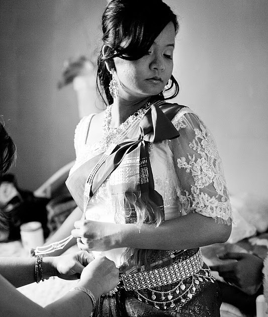 Cambodian Wedding Hairstyles: Moni In The Moment: My Modern Cambodian Wedding