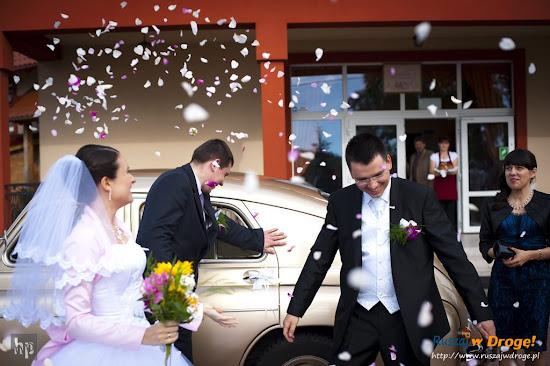ślub Kasi i Maćka - przyjazd pod salę