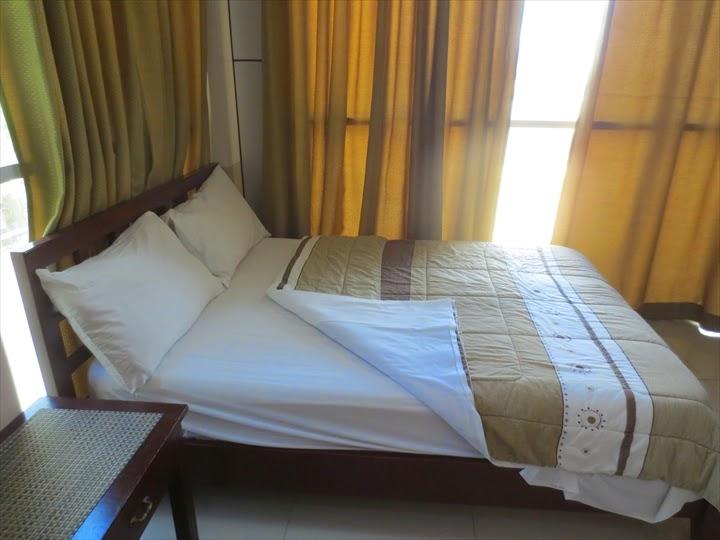 ププリンセスマディソンホテル(アンヘレス)ベッド2
