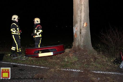 Automobilist gewond bij eenzijdig ongeval op de grens overloon venray 11-12-2012 (16).JPG