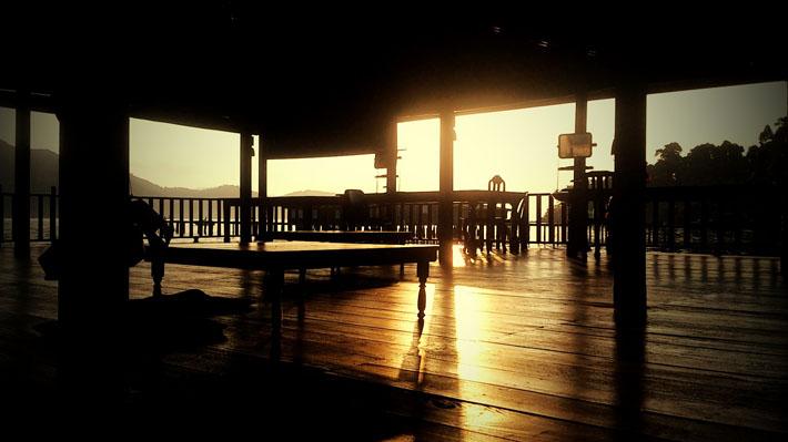 วิวยามเช้าที่โฮมสเตย์บีช ป้านา บางเบ้า เกาะช้าง