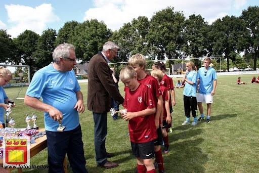 Finale penaltybokaal en prijsuitreiking 10-08-2012 (18).JPG