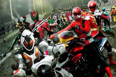 全仮面ライダー×全スーパー戦隊初共演で総勢485人の大バトル ギネスブック申請も視野