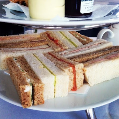 The afternoon tea club reviews harvey nichols second for Club sandwich fillings for high tea