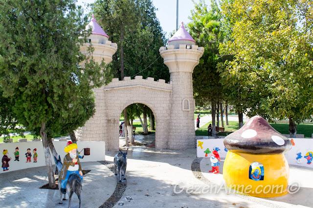 Masal Park'ta Nasrettin Hoca ve Şirinler, Gaziantep