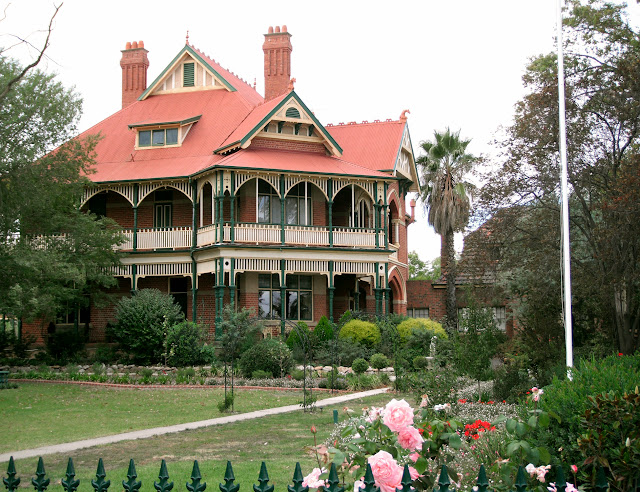 Langley Hall, Bendigo
