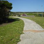 Footpath on Long Bay (18126)