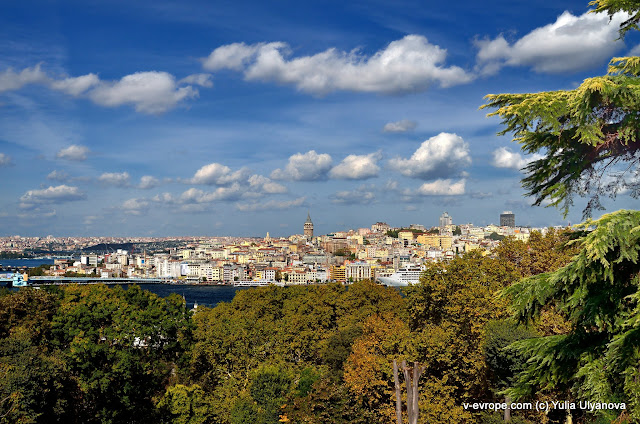 Вид на Стамбул из дворца Топкапы