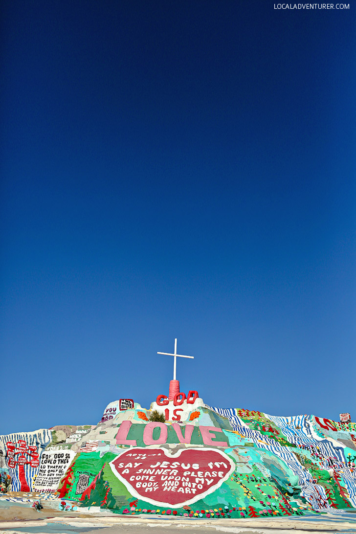 Salvation Mountain (Places to Visit in California).