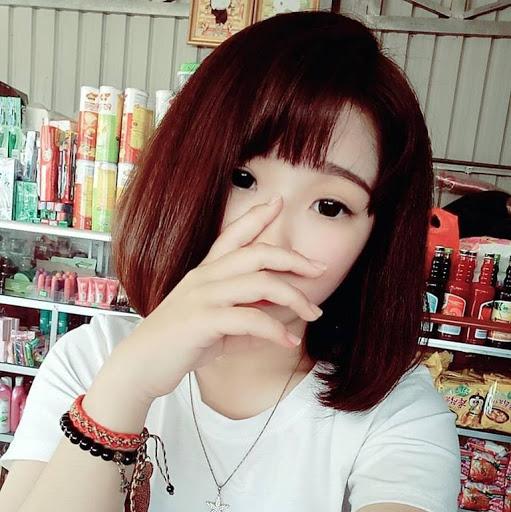 Sherly Huang