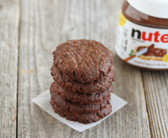 photo of a tall stack of nutella cookies