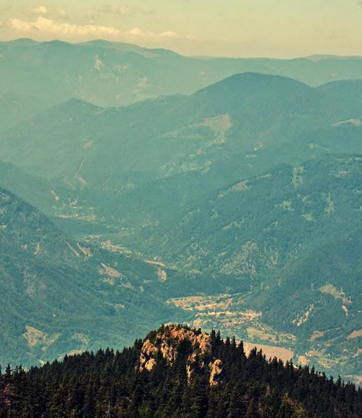panorama brezoi varful cozia