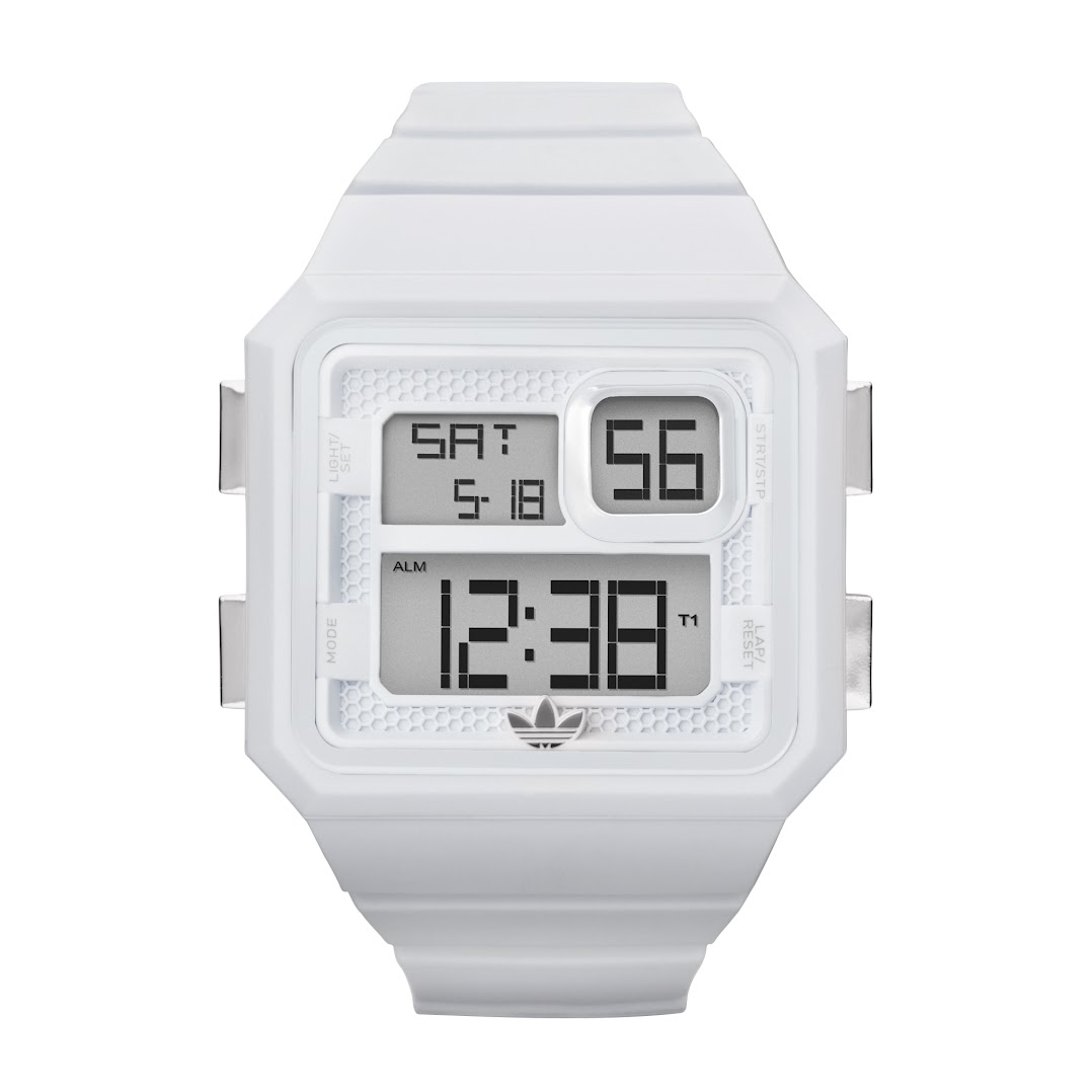 *Adidas Curitiba:方正電子腕錶! 1