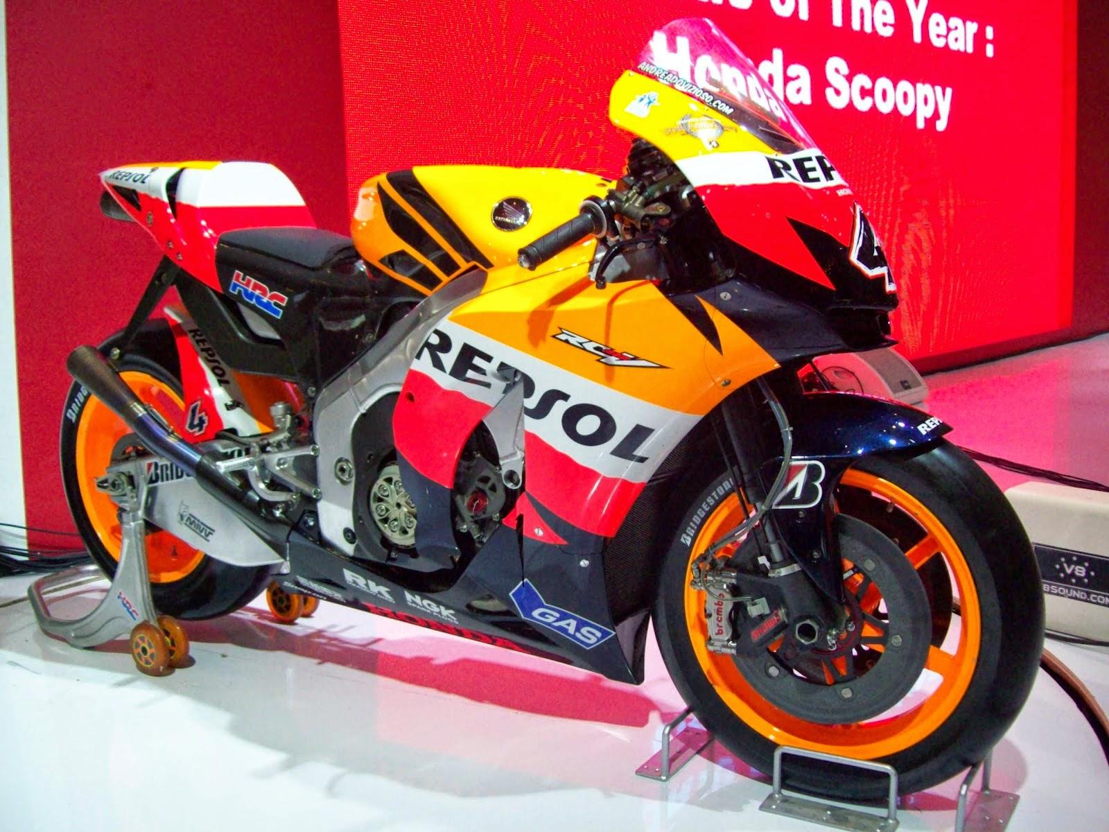 Modifikasi Honda New Megapro Menjadi Cbr