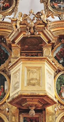 Иконостас Преображенской церкви Таллина, фрагмент.