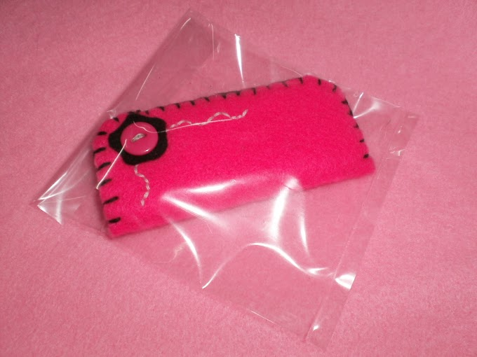 Pinky Pendrive Case...