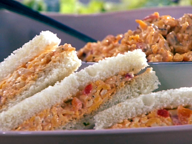 Gina's Italian Kitchen: Homemade Pimento Cheese Sandwiches